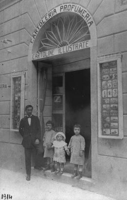 Primo punto vendita Venus nel 1914